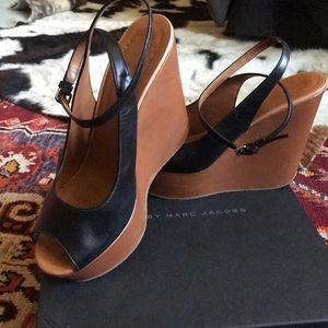 MARC BY MARC JACOBS ANKLE STRAP PLATFORMS SZ 40